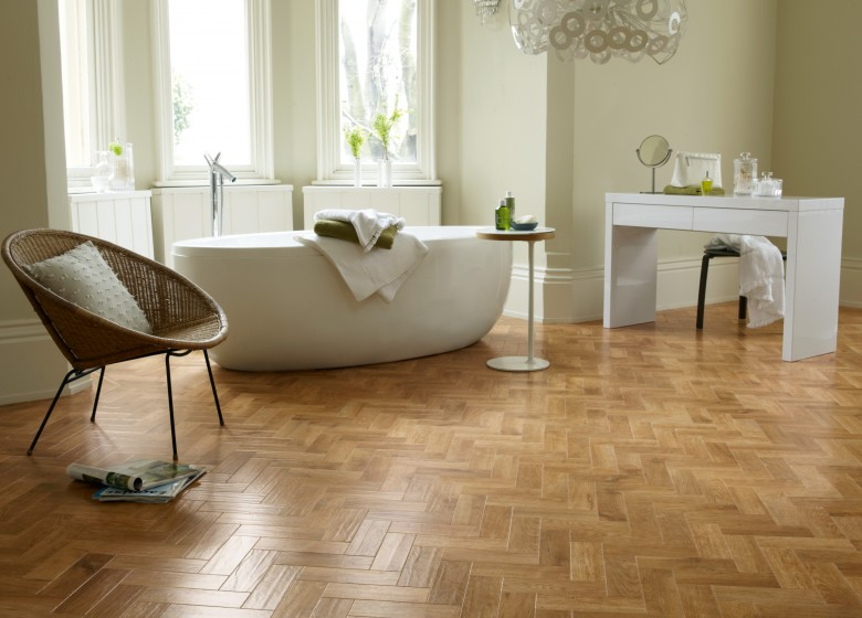 A picture of Karndean - Blond Oak flooring in a bathroom