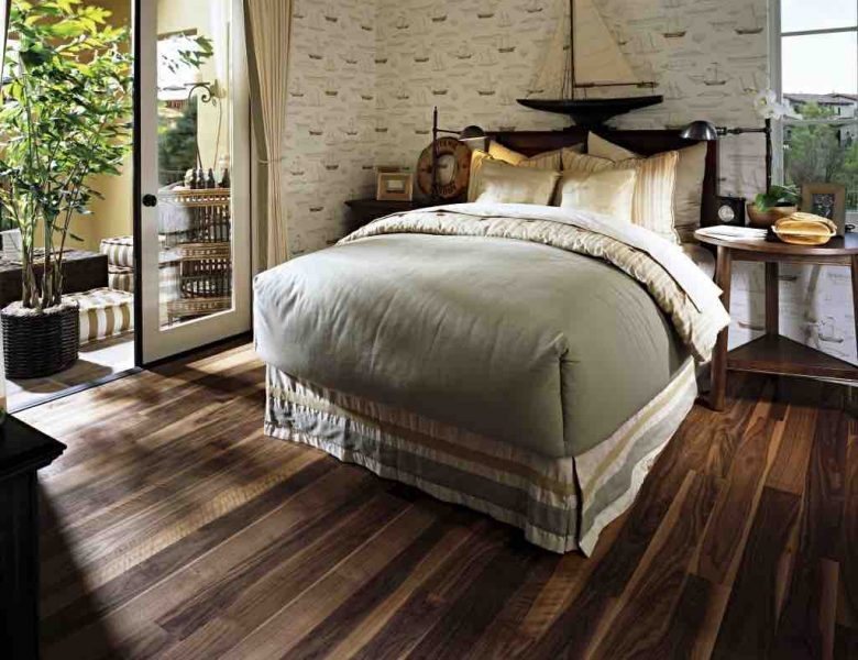 A picture of wood floor in Walnut Cocoa in a bedroom